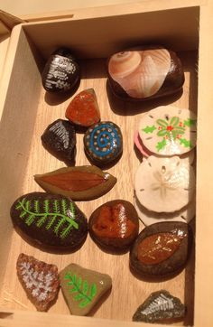 Leaves, sand dollars, decoupage and other rocks