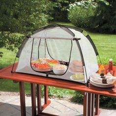 Heavy Duty Picnic Food Tent!!  Cool idea for picnic party...protect food from pests!