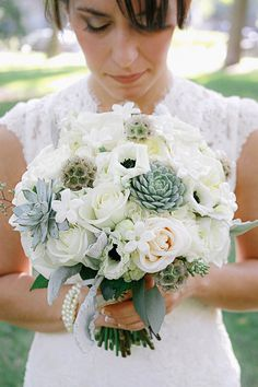 gorgeous white & succulent bouquet | markit photography