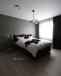 • BEDROOM • Neste gang jeg viser frem soverommet vårt har den magisk fine sengegavlen kommet opp! Satser på at vi får tid til å montere den… Iris, Bed, Furniture, Home Decor, Stream Bed, Interior Design, Home Interior Design, Beds, Arredamento