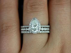 cool 50 Simple Pear Shape Wedding Rings Ideas  https://viscawedding.com/2017/09/27/50-simple-pear-shape-wedding-rings-ideas/