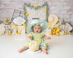 Toddler Birthday Themes, First Birthday Theme Girl, Smash Cake First Birthday, 2nd Birthday Photos, 1 Year Old Birthday Party, Fruit Birthday, Smash Cake Girl, Birthday Fun, Half Birthday