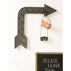 Fairground Arrow Hanger