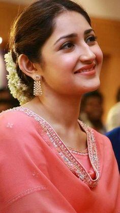 Beautiful Girl Indian, Most Beautiful Indian Actress, Beautiful Girl Image, Beautiful Women, Beauty Full Girl, Cute Beauty, Beauty Women, Girl Celebrities, Beautiful Celebrities