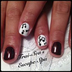 Shellac Gel Polish with Music Notes Twitter / TraiSeasEscape4: