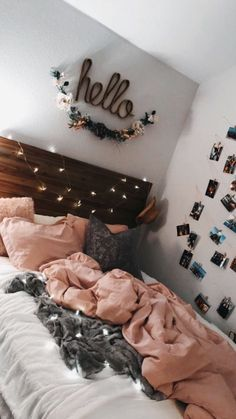 Cute teen bedroom hello lights pink photos on wall Teen Room Decor Ideas Bedroom cute Lights photos pink Teen wall Cute Room Ideas, Cute Room Decor, Teen Room Decor, Room Decor Bedroom, Bedroom Inspo, Bedroom Themes, Bedroom Decor For Teen Girls, Young Adult Bedroom, Bedroom Colors