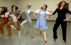PLEASE!! I wanna see Ballet West do a Wizard of Oz ballet someday !
