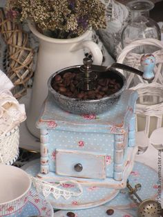 <b>Coffee grinder</b>