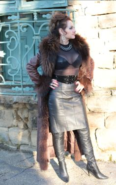 World of Pain and Humiliation Black Leather Skirts, Leather Dresses, Leather Boots, Sexy Outfits, Fashion Outfits, Leder Outfits, Latest Fashion For Women, Womens Fashion, Sexy Skirt