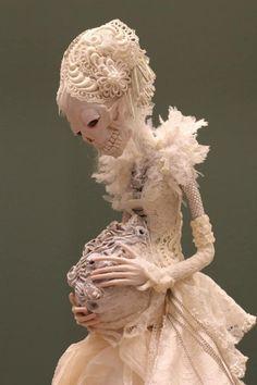 Dark art: Dolls by Christine Polis Visual Kei, Horror, Scary Dolls, Bjd Dolls, Monster, Skull Art, Art Plastique, Ball Jointed Dolls, Toy Art