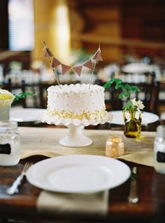 Simple wedding cake for each table or group - rather than having one big cake #wedding #cake #simple #white #weddingcake