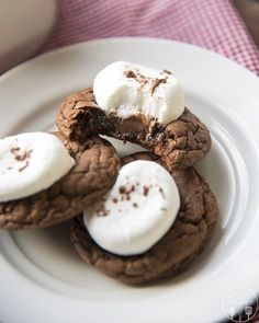 Hot Chocolate Cookie Recipe - These delicious rich, soft chocolate cookies are topped with melted chocolate and a gooey marshmallow. They're perfect paired with a mug of steamy hot chocolate! Or great for a holiday party!