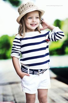 This children's summer style outfit, featuring nautical stripes and white shorts, is perfect for a July visit to the zoo! Fashion Kids, Toddler Fashion, Preppy Fashion, Fashion Clothes, Little Girl Outfits, Little Girl Fashion, Preppy Little Girl, Outfits Niños, Inspiration Mode