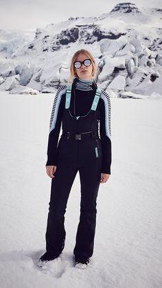 Shop the Sweaty Betty range of premium Women's ski wear including thermal ski jackets, ski pants, thermal tops & merino wool base layers. Dungarees, Overalls, Snowboard Girl, Snow Outfit, Ski Fashion, Outdoor Wear, Sport Outfits, Snow Gear, Outfits