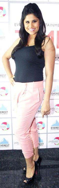 Sai Tamhankar #Bollywood #Fashion #Marathi
