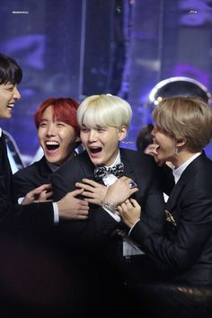 """171202  ✨""""Thinking you're happy  makes me happy""""✨ #BTS  ★彡"""