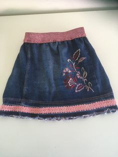 from n old jeans Old Jeans, Cheer Skirts, Fashion, Moda, Fashion Styles, Fashion Illustrations