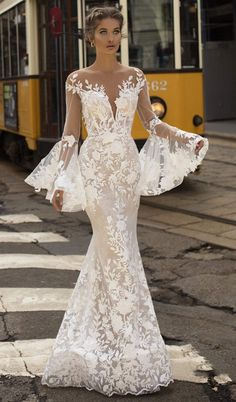 Tarik Ediz Wedding Dresses 2019 - The White Bridal Collection T. Tarik Ediz Wedding Dresses 2019 - The White Bridal Collection Tarik Ediz Wedding Dresses 2019 - The White Bridal Collection Dream Wedding Dresses, Bridal Dresses, Prom Dresses, Brides Dresses Lace, Whimsical Wedding Dresses, Dress For Wedding, Different Color Wedding Dresses, Spanish Lace Wedding Dress, Mermaid Wedding Dress With Sleeves