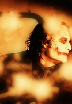 Image shared by Find images and videos about sexy, Hot and heath ledger on We Heart It - the app to get lost in what you love. Heath Legder, Heath Ledger Joker, Joker Comic, Joker Art, The Dark Knight Trilogy, Batman The Dark Knight, Joker 2008, Michael Jordan Pictures, Joker Images