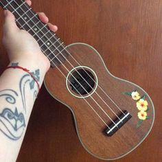 Arte Do Ukulele, Tenor Ukulele, Ukulele Songs, Ukulele Stickers, Surfboard Stickers, Painted Ukulele, Ukulele Design, Custom Decals, Best Gifts