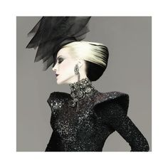 Daphne Guinness and her shoes ❤ liked on Polyvore featuring shoes, people, models, backgrounds, disney, faces and i love shoes