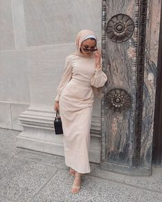 Hijab Fashion Summer, Modest Fashion Hijab, Modern Hijab Fashion, Street Hijab Fashion, Modesty Fashion, Hijab Fashion Inspiration, Muslim Fashion, Look Fashion, Fashion Outfits