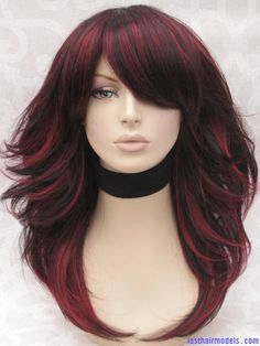 The red and black combo in styling hair: perfect pick for the weekend to bang on!