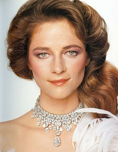 Charlotte Rampling, diamond necklace by Bulgari, photo by Gian Paolo Barbieri. Charlotte Rampling, Beautiful Eyes, Beautiful People, Georgy Girl, English Actresses, Hollywood Actresses, Portraits, Style Icons, Fashion Photography