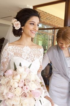 Cute? Not sure if I like long/messy hair though — beautiful lace detailing around the collar and pale blush rose bouquet