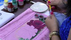 Mulher.com - 26/11/2015 - Pintura de rosas - Ana Laura Rodrigues PT1