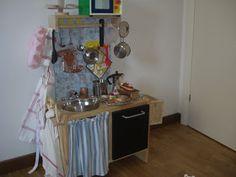 Jencrea & Stregatti - creazioni di tutto e un pò: Come realizzare una cucina giocattolo da un comodino Ikea