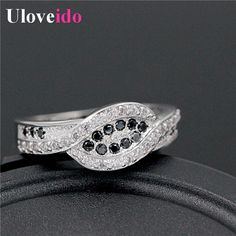 Find More Rings Information about Black and White Crystal Female Silver Engagement Rings Anel Vintage Womens Jewellery Anillos Mujer Ornamentation Y004 Joyas,High Quality jewelry diamond engagement rings,China ring system Suppliers, Cheap jewelry ring tray from D&C Fashion Jewelry Buy to Get a Free Gift on Aliexpress.com