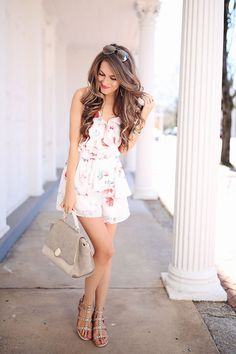love this floral romper!