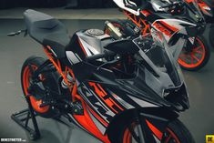 Discover recipes, home ideas, style inspiration and other ideas to try. Ktm Rc 200, Bike Photography, Ktm Duke, Buy Bike, Speed Bike, New Motorcycles, Jeep Cars, Sportbikes, Rc Model