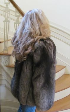 Nadire Atas on Fur Fashion, News, Photos and Videos - Vogue Fur Fashion, Womens Fashion, Fashion News, Fox 6, Fox Fur Coat, Fur Jacket, Mantel, Long Hair Styles, Blondes