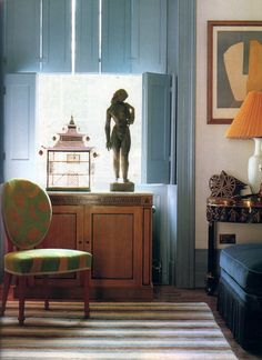 Chester Jones. Photos by Andreas von Einsiedel, written by Elfreda Pownall for World of Interiors, October 1996.