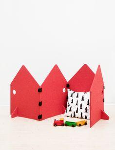 Kids Felt Play Screen | Little Red Stuga