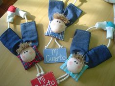"Taller de Artesanias-Manualidades Country ""Mi Lugar Country"" Doll Sewing Patterns, Sewing Dolls, 1st Birthday Cake Smash, Christmas Stockings, Christmas Ornaments, Diy Keychain, Cute Toys, Baby Decor, Fabric Dolls"