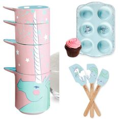 Unicorn baking // Majestic Unicorn Measuring Cups, Cupcake Tins And Spatulas Majestic Unicorn, Real Unicorn, Magical Unicorn, Rainbow Unicorn, Unicorn And Glitter, Unicorns And Mermaids, Unicorn Birthday Parties, Cooking Tools, Measuring Cups