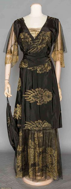 TRAINED LACE DINNER GOWN, c. 1908 Pink silk charmeuse overlaid w/ Brussels lace applique on tulle, Brussels mixed lace bertha Augusta Auctions