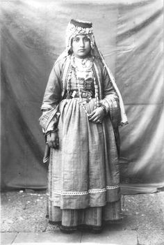 A Kurdish lady of Diyarbakır.  Late-Ottoman era, urban fashion, ca. 1900.