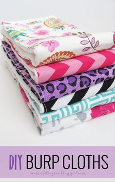 easy DIY burp cloth tutorial <--great to give as a baby shower gift, or make for your self!