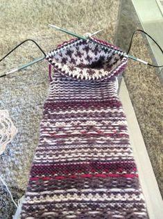 Knitting Patterns, Sewing Patterns, Crochet Patterns, Crochet Woman, Knit Crochet, Textiles, Drops Design, Knitting Socks, Women