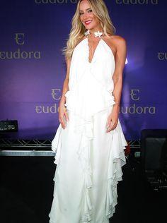 Claudia Leitte fez pocket show para anunciar em nova parceria com a Eudora (Foto: Manuela Scarpa/Brazil News)