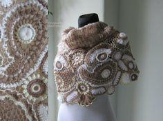 Ivory Beige Crochet Shawl Freeform Crochet Irish por MARTINELI