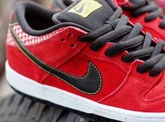 "Nike SB Dunk Low | ""Red Firecracker"""