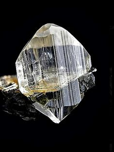 Euclase with Rutile needle included - Italy Minerals And Gemstones, Crystals Minerals, Rocks And Minerals, Stones And Crystals, Mineralogy, Rocks And Gems, Looks Cool, Healing Stones, Fossils