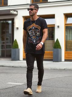 LOOK MASCULINO COM BOTA CHELSEA ALL BLACK