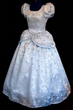 How beautiful is this costume/dress?! Cinderella GOWN Costume FLORAL Satin Brocade ADULT by mom2rtk