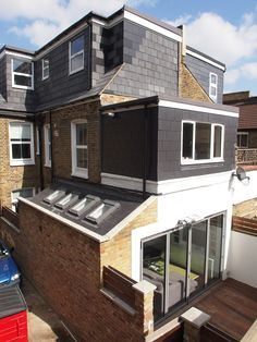 """nd floor loft extension at the back of property External side return (including internal courtyard). nd floor loft extension at the back of property External side return (including internal courtyard). Kitchen Ideas Victorian Terrace, Victorian Terrace House, Victorian Homes, Loft Conversion Victorian Terrace, Side Return Extension, Rear Extension, Extension Ideas, House Extension Design, Glass Extension"